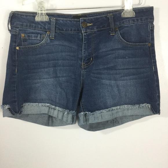 Celebrity Pink Pants - 4/$25 🌺 Celebrity Pink Jean Shorts